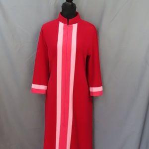 Pink Vintage Vanity Fair Robe/Housecoat